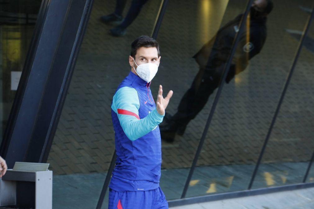 Messi punido com dois jogos de suspensão por expulsão na final da Supertaça