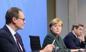 Alemanha receia mutações e prolonga confinamento até meados de fevereiro