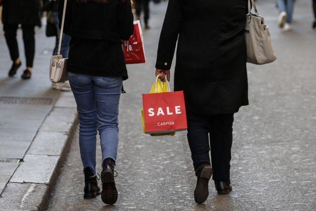 Inflação na zona euro nos -0,3% em dezembro, pelo 4.º mês consecutivo