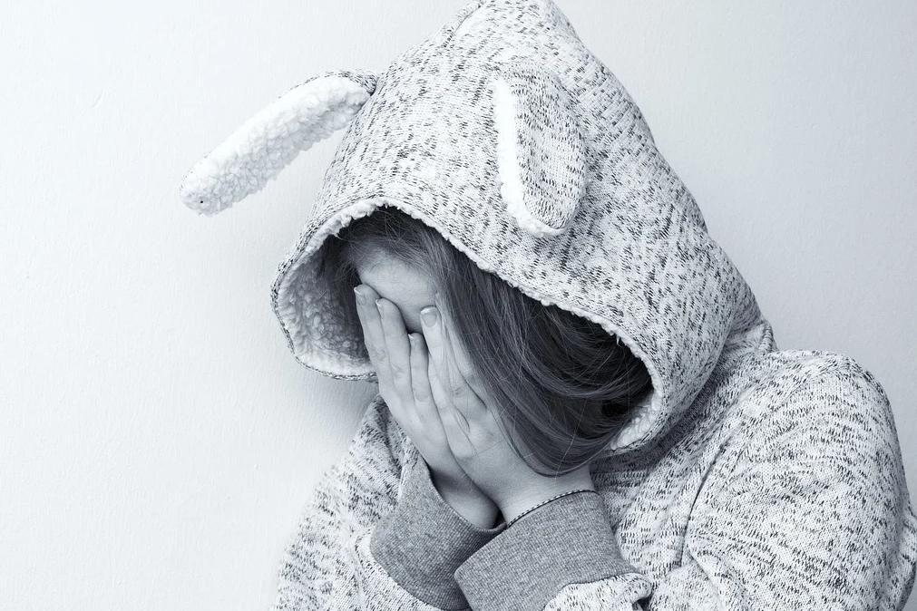 Google descobre mãe que abusava da filha e mostrava-a nua na internet