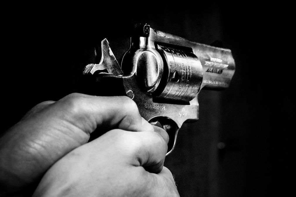 Mata cunhados após disputa por partilha de animais