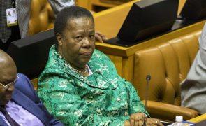 Moçambique/Ataques: MNE da África do Sul considera preocupante