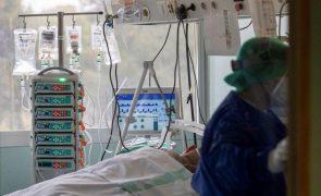 Covid-19: Espanha regista novo aumento diário de casos para 41.576 e tem 464 mortes