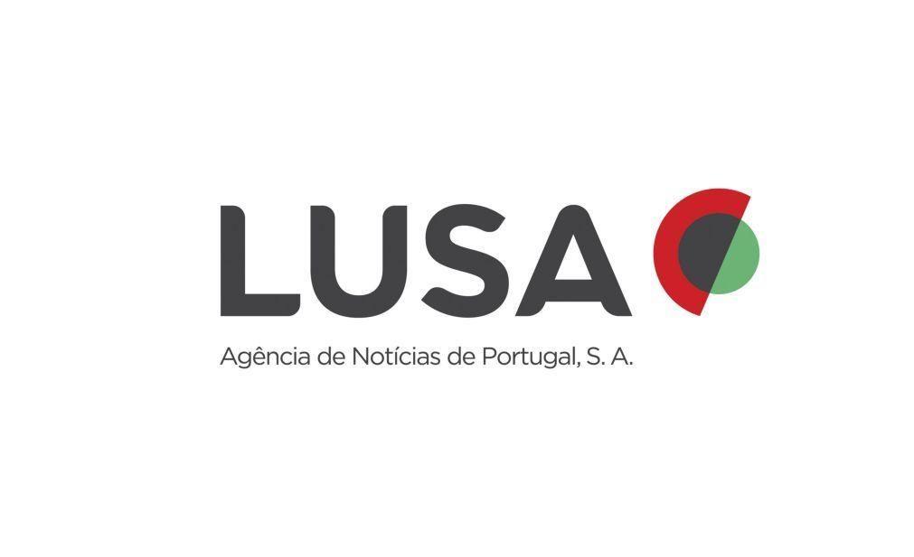 Estrada nacional em Vila Viçosa cortada por precaução devido a pedreira próxima