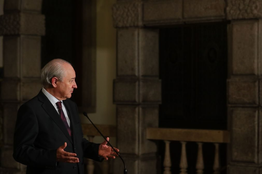 Rui Rio pede a António Costa para encerrar escolas já nesta quinta-feira