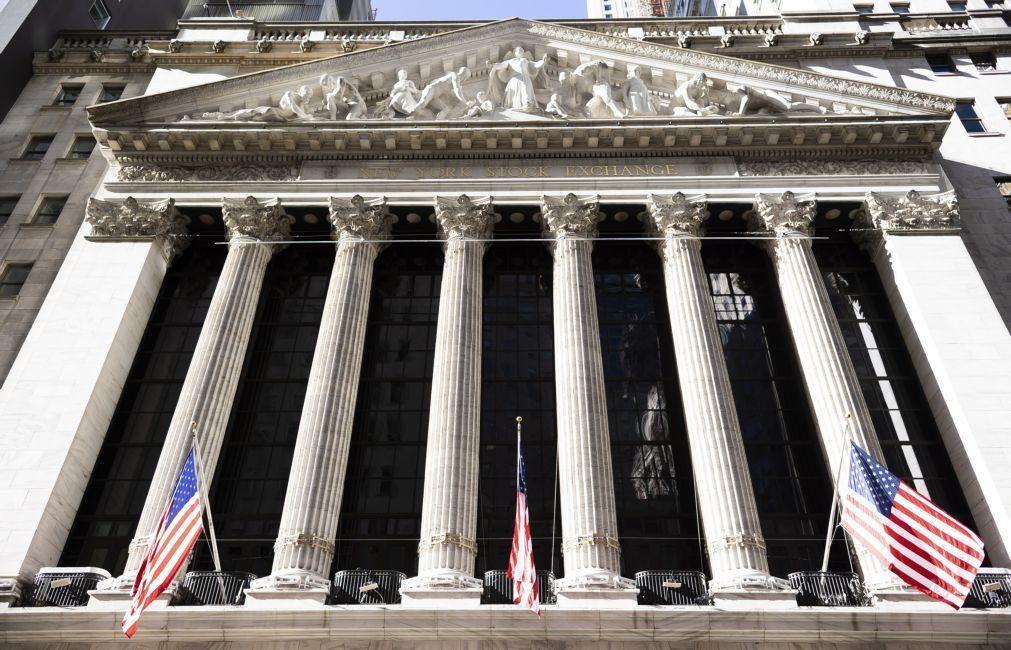 Dow Jones, Nasdaq e S&P500 fecham em níveis recorde em dia de posse de Joe Biden