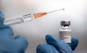 Covid-19: Líderes europeus discutem certificados de vacinação e resposta coordenada à pandemia