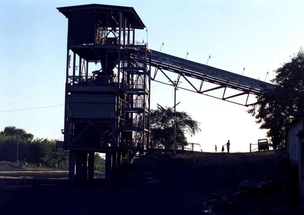 Empresa mineira Vale vai vender exploração de carvão em Moçambique