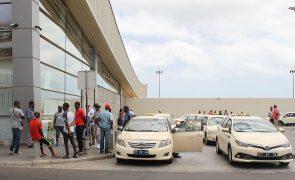 Covid-19: Cabo Verde forma 1.200 taxistas para preparar retoma do turismo