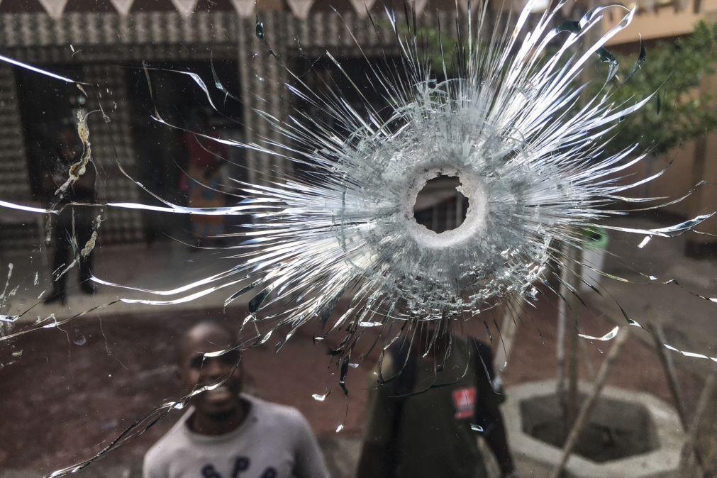 Moçambique/Ataques: Três mortos em nova investida contra transporte