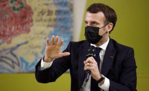 Covid-19: França vai obrigar viajantes europeus a apresentar teste PCR negativo