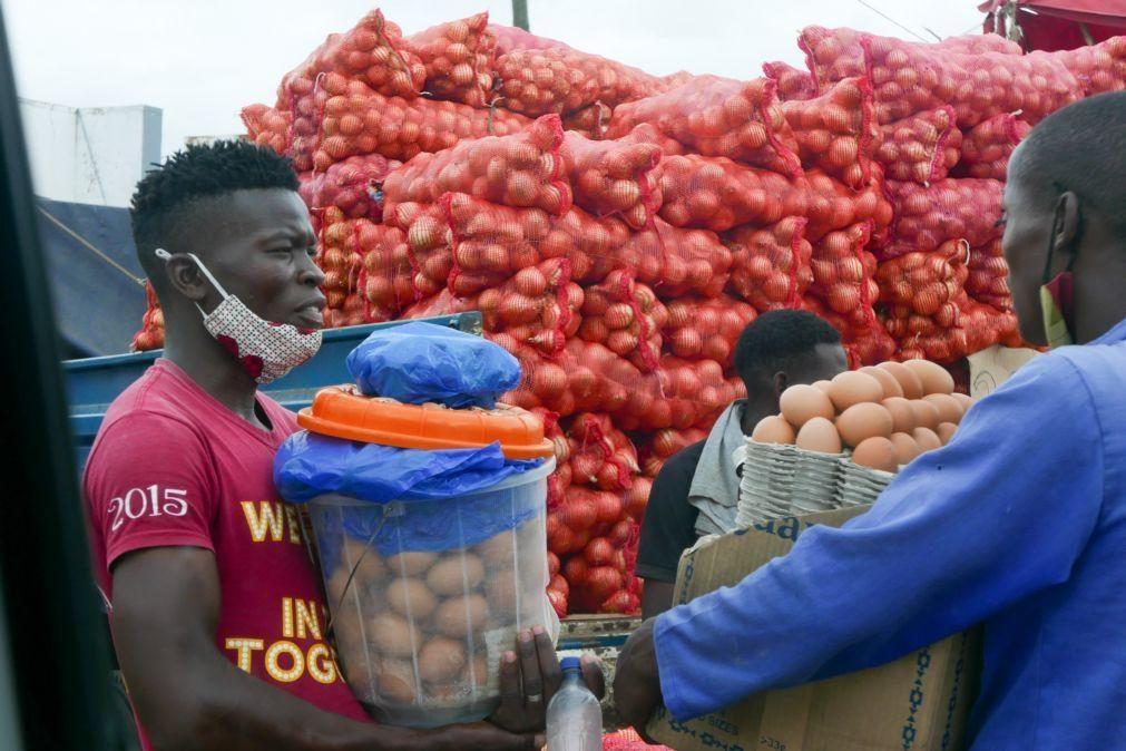 Covid-19: Governo moçambicano assegura devolução de produtos ilegalmente apreendidos pela polícia