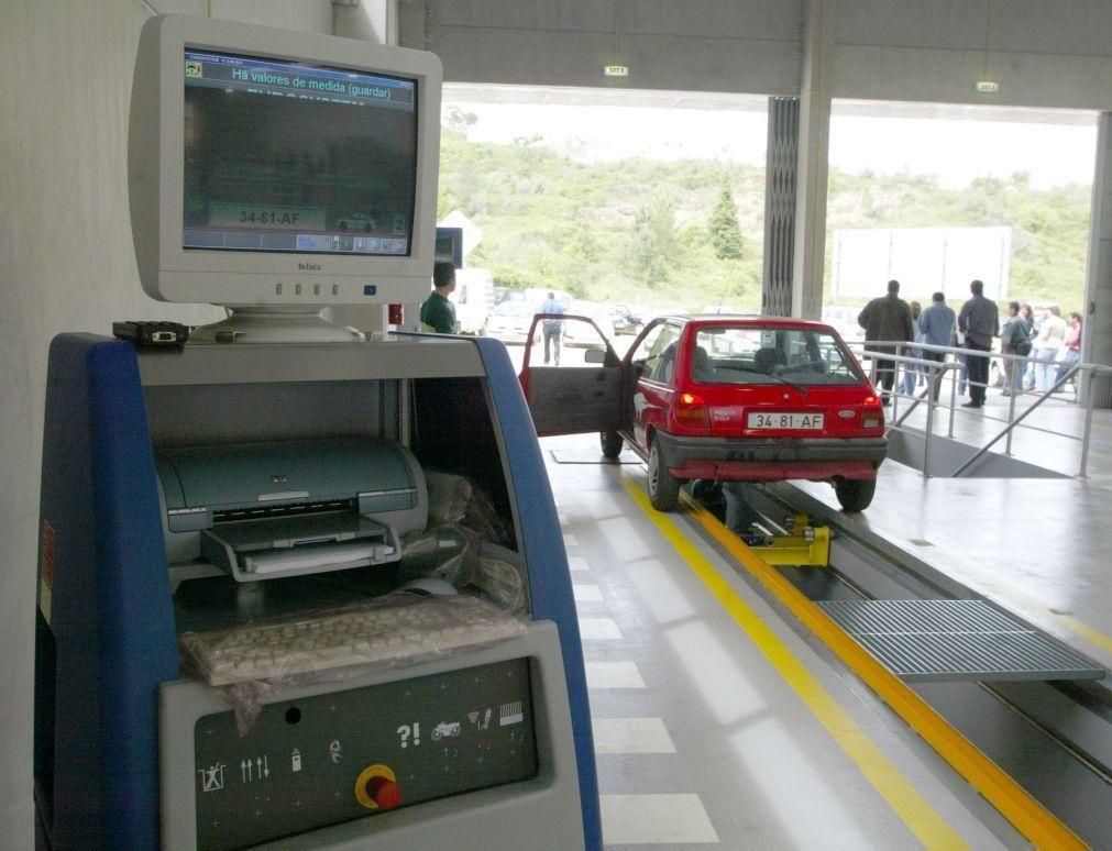 Stands automóveis encerram sábado e inspeção de veículos só por marcação