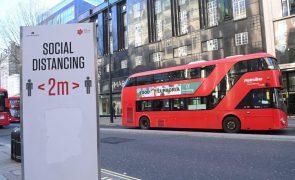 Covid-19: Reino Unido registou 1.401 mortes mas infeções desaceleraram