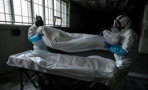 Covid-19: Instituto de Medicina Legal reforça capacidade de frio para cadáveres em hospitais