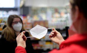 Covid-19: Alemanha regista 16.417 novas infeções e mais 879 mortes