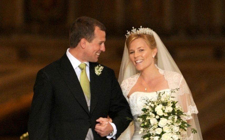 Neto da rainha Isabel II continua a viver com a ex-mulher