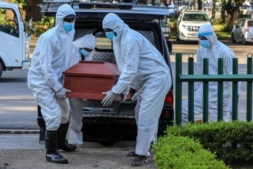 Covid-19: Pandemia já fez mais de 2 milhões de mortos a nível mundial