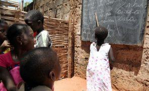 Covid-19: Liga Guineense dos Direitos Humanos condena fecho de escolas em Bissau