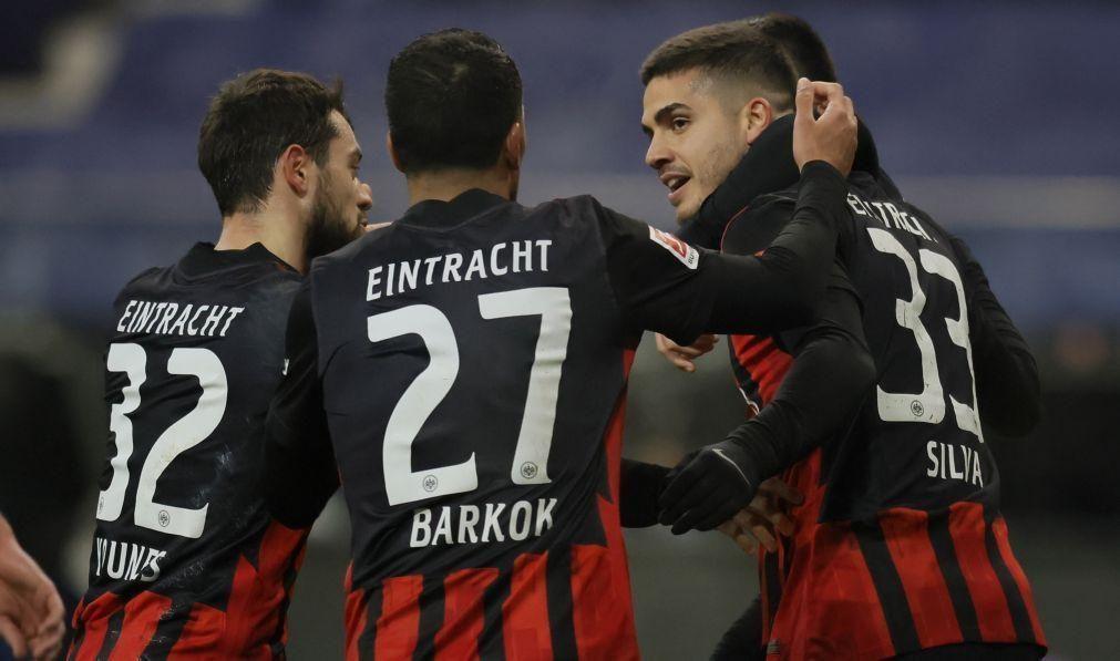 André Silva bisa em goleada do Eintracht Frankfurt, Leipzig perde com o Mainz