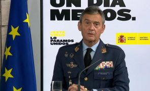 Covid-19: Chefe militar espanhol demite-se após vacinar-se antes do tempo