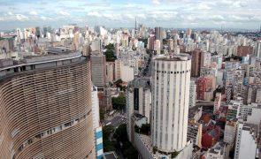 Presidenciais: Eleitores votam com tranquilidade na cidade brasileira de São Paulo