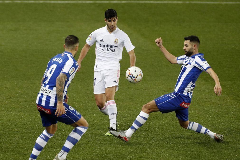 Real Madrid goleia Alavés após perder Supertaça e ser eliminado da Taça do Rei