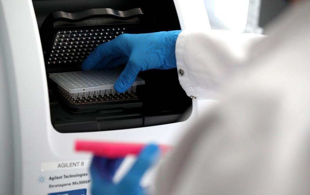 Covid-19: Investigador que sequenciou estirpe brasileira alerta para risco de novas mutações