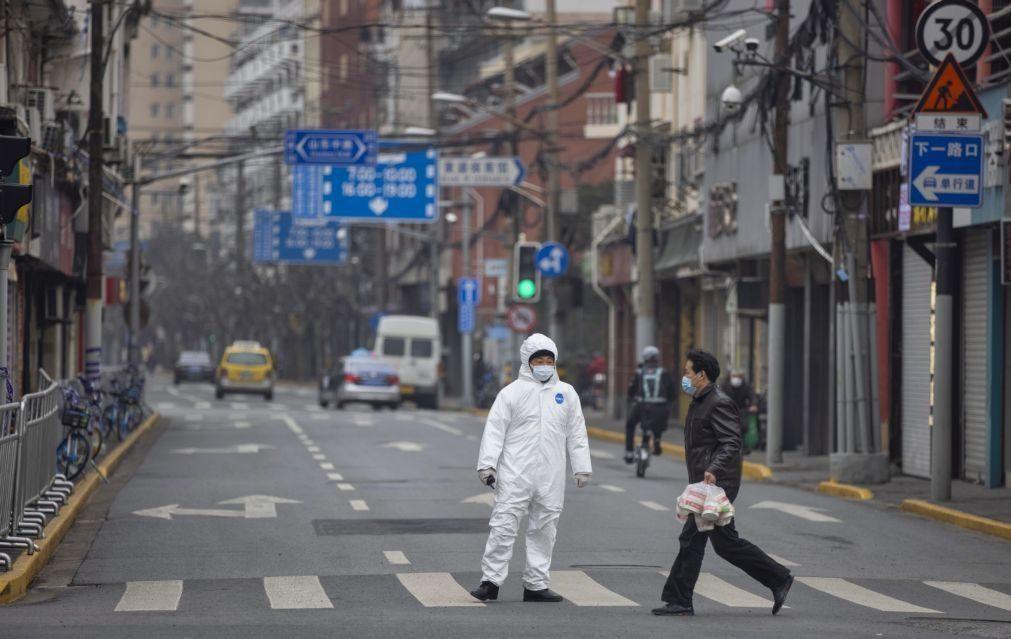 Covid-19: China com 124 novos casos, 117 de contágio local