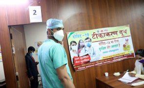 Covid-19: Índia com 131 mortes e mais de 13 mil casos nas últimas 24 horas