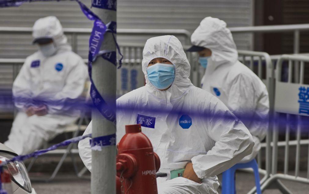 Covid-19: China constrói centro de quarentena em Hebei para quatro mil pessoas