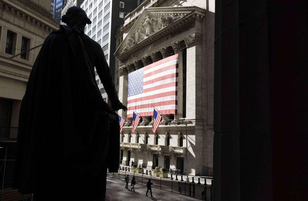 Wall Street inicia a sessão sem uma tendência definida