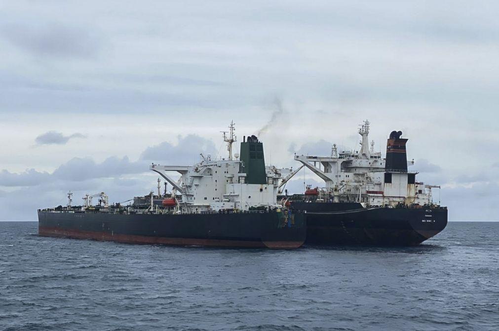 Indonésia apreende petroleiros iraniano e panamiano