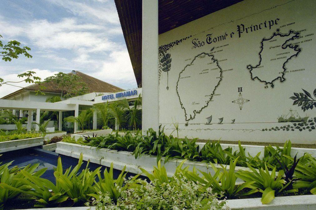 Covid-19: São Tomé e Príncipe registou queda de 64,8% na entrada de turistas em 2020
