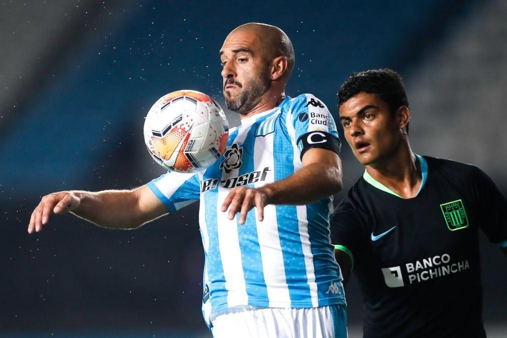 Ex-avançado do FC Porto Lisandro López vai jogar nos Estados Unidos
