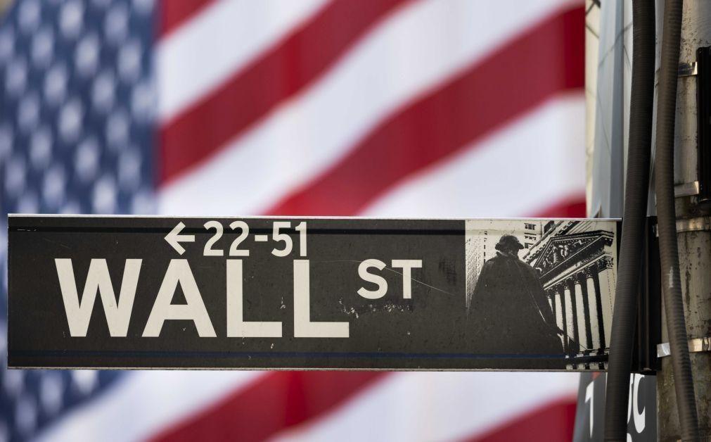 Wall Street começa semana com recordes do Nasdaq e S&P500