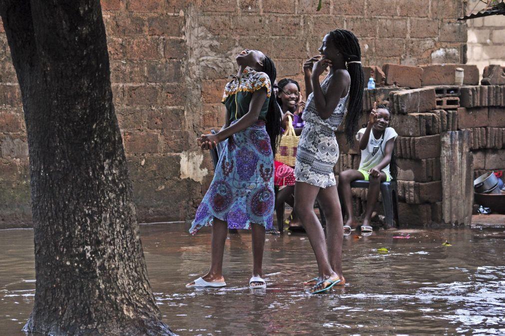 Moçambique mais do que duplicou uso de contraceção desde 2012