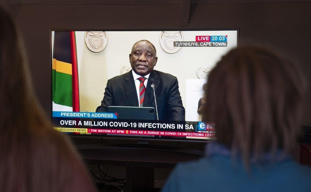 Covid-19: PR da África do Sul apela à Europa a partilhar acesso a vacinas