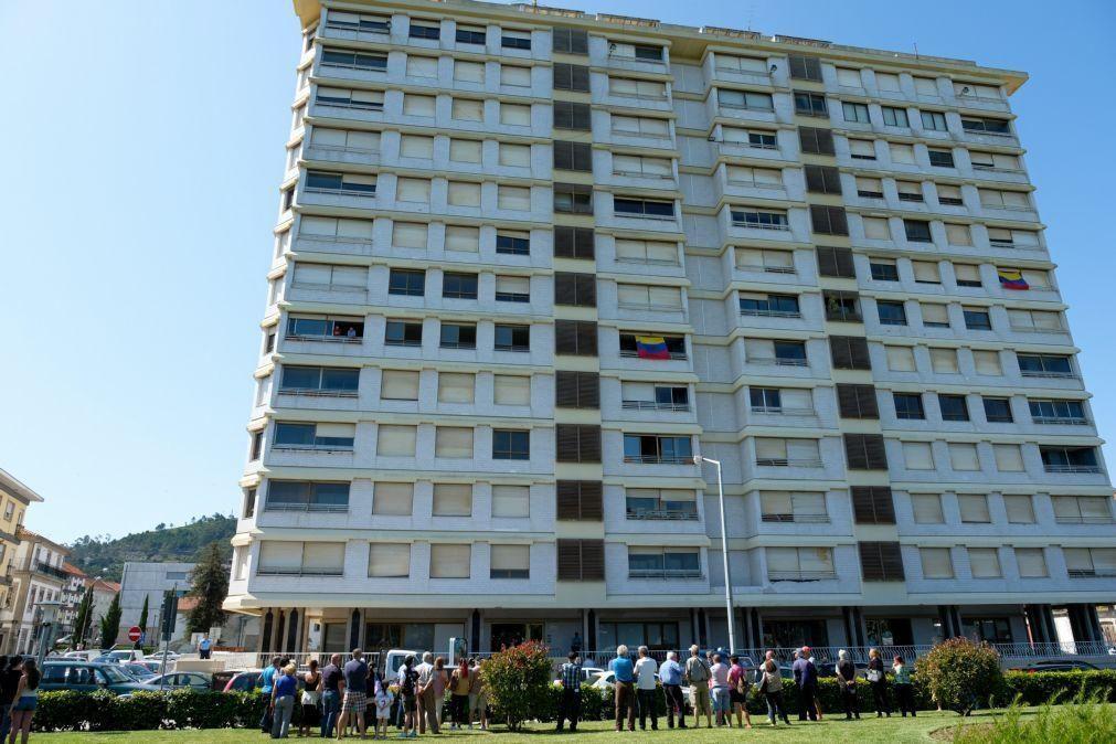 Moradores saem do prédio Coutinho em Viana do Castelo, mas continuam luta judicial