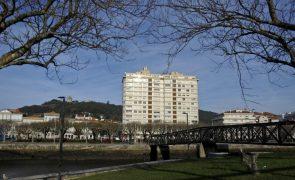 Concurso para desconstrução do prédio Coutinho em Viana do Castelo em duas semanas