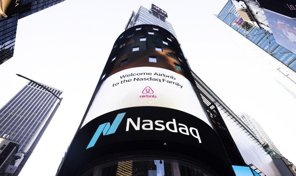 Wall Street negoceia mista no início da sessão