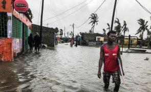 Moçambique com 18 mil desalojados e 250 mil afetados por tempestade Eloise - ONU