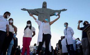 Covid-19: Brasil volta a somar mais de mil mortes e de 60 mil casos em 24 horas