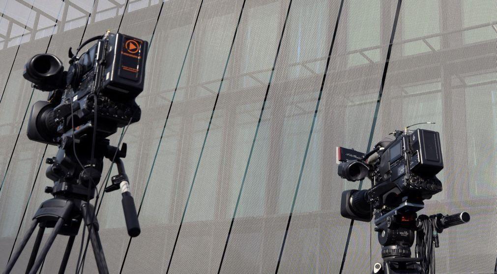 FPF e Liga assinam acordo para centralizar direitos televisivos até 2027/28