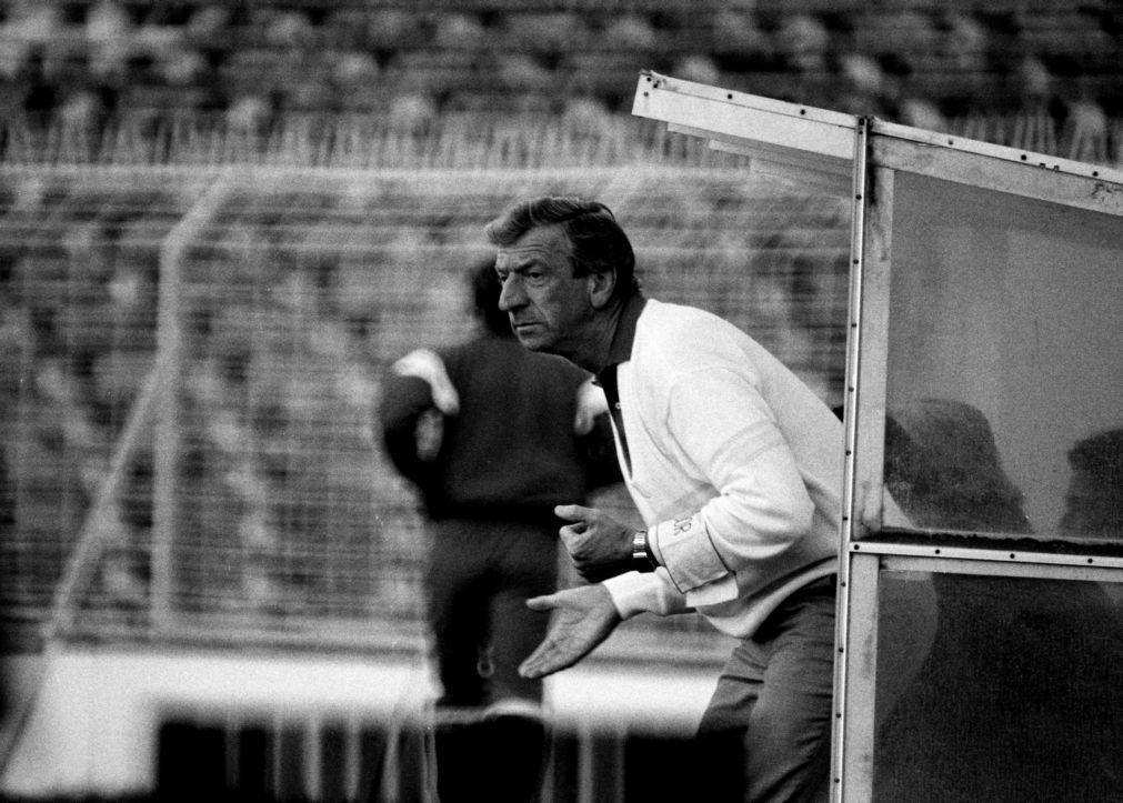 John Mortimore, treinador bicampeão pelo Benfica, morre aos 86 anos