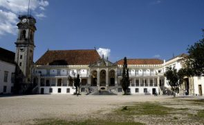 Covid-19: Voluntários da Universidade de Coimbra combatem a pandemia