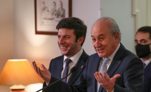 PSD e CDS vão assinar acordo-quadro que exclui Chega de coligações nas autárquicas