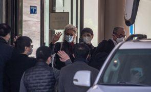 Covid-19: Equipa da OMS em Wuhan termina quarentena e inicia investigação