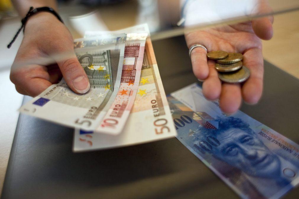 Sentimento económico e expectativas de emprego caem na zona euro de dezembro para janeiro