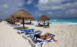 Covid-19: Turismo mundial com pior ano de sempre em 2020